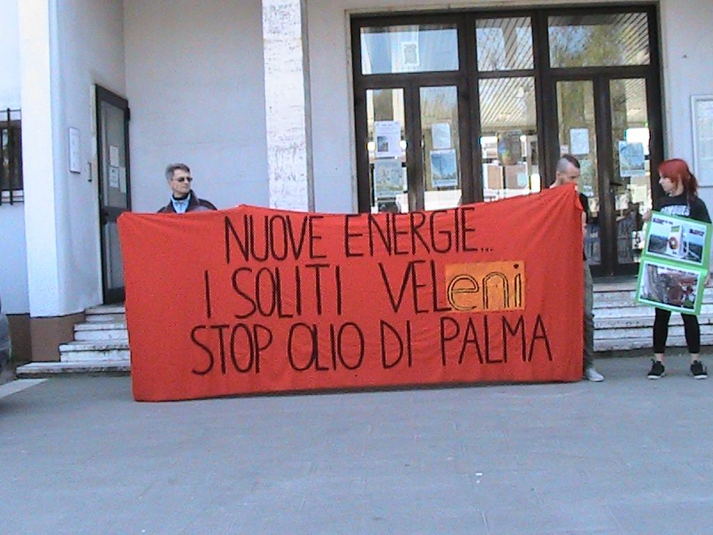 Marghera, 29 marzo 2014, 1° manifestazione contro il mercato dell'olio di palma.