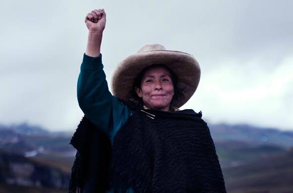 Maxima-Acuña_nobel_per_ecologia_womeninculture