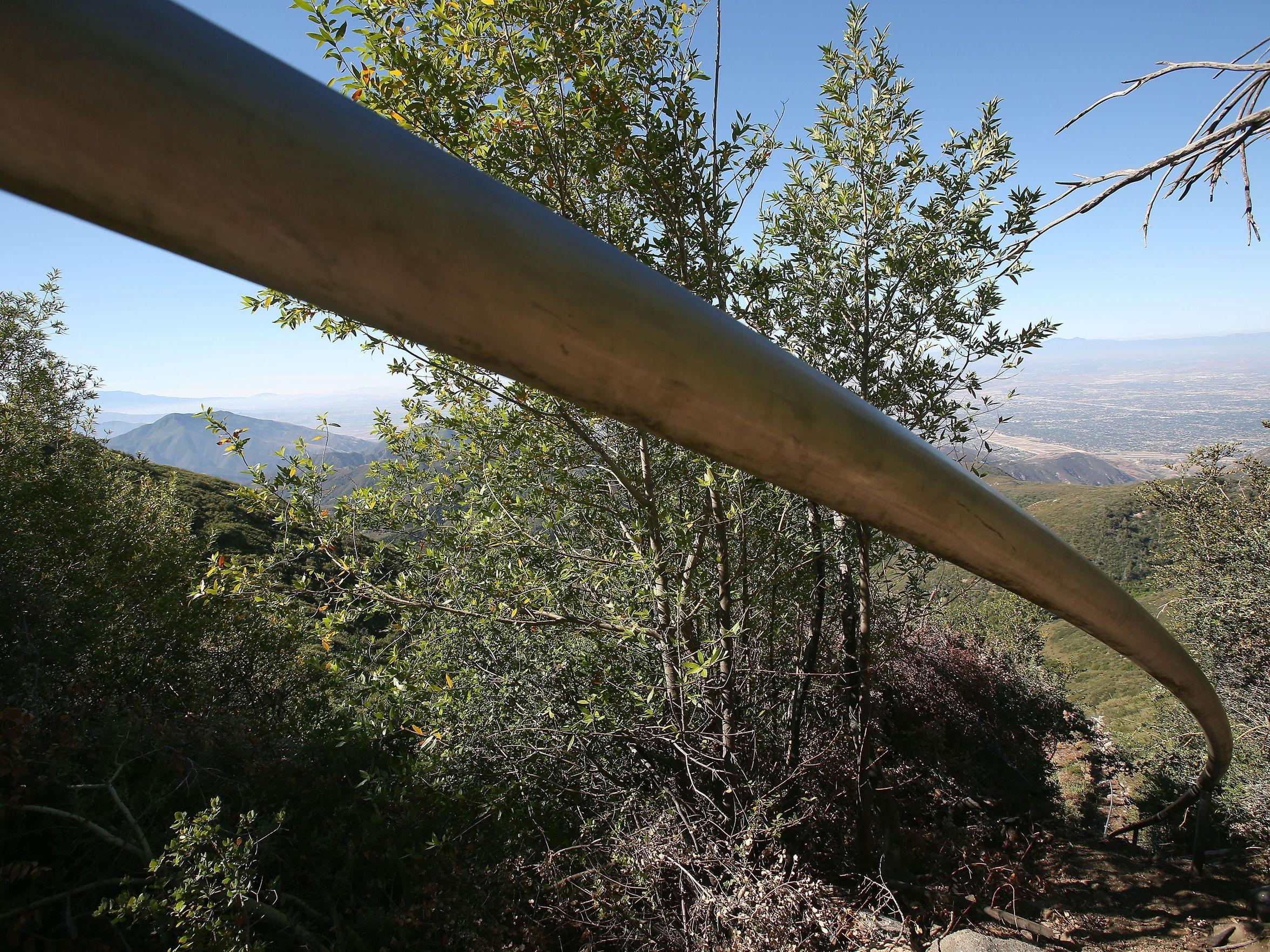 Una delle condutture che parte dal bacino di San Bernardino.