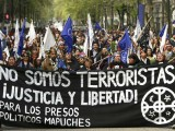 (FILE) A picture dated 30 September 2010 shows a Chilean Mapuche demostration with a sign that says 'We are not terrorist' in Santiago, Chile. Inter American Commission on Human Rights (IACHR) announced that it has filed with the Inter-American Court of Human Rights the case of several Chile Mapuche leaders convicted of 'terrorists' crimes, considering that there were 'irregularities' during the process and 'discrimination' by the way that was considered their ethnicity. August 19, 2011. Photo: Marcelo Hernandez/dpa