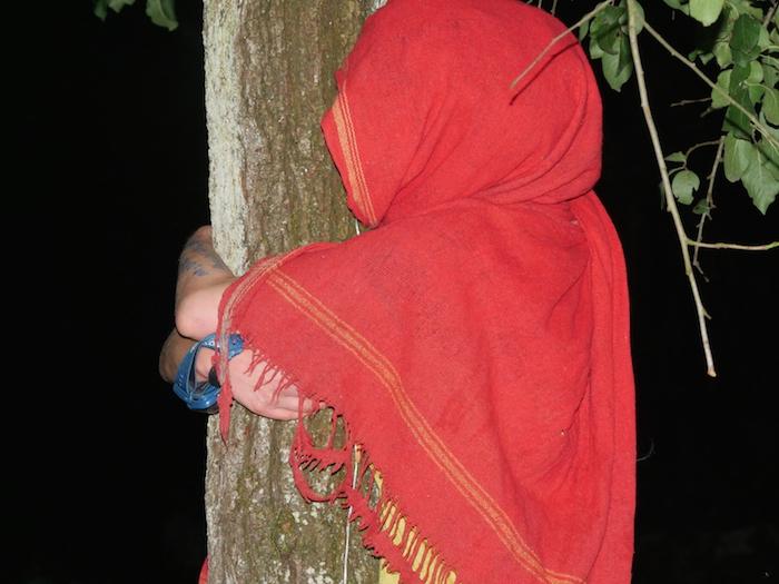 Una residente di Kolbsheim al momento dello sfratto