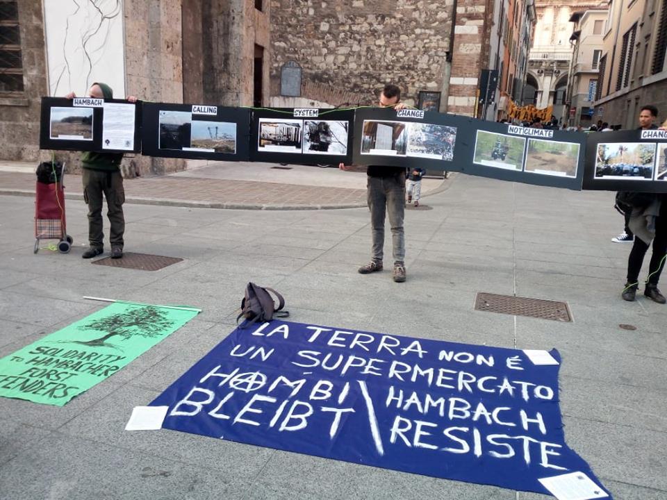 Brescia, 13 ottobre 2018: presidio per la Liberazione della Terra a supporto della Resistenza di Hambach