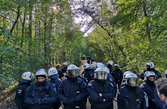 Hambach: lanciata allerta sfratto